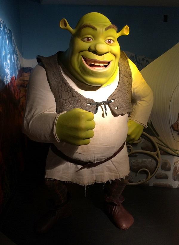 El mejor grupo de los 5 monstruos infantiles más famosos del cine.Shrek
