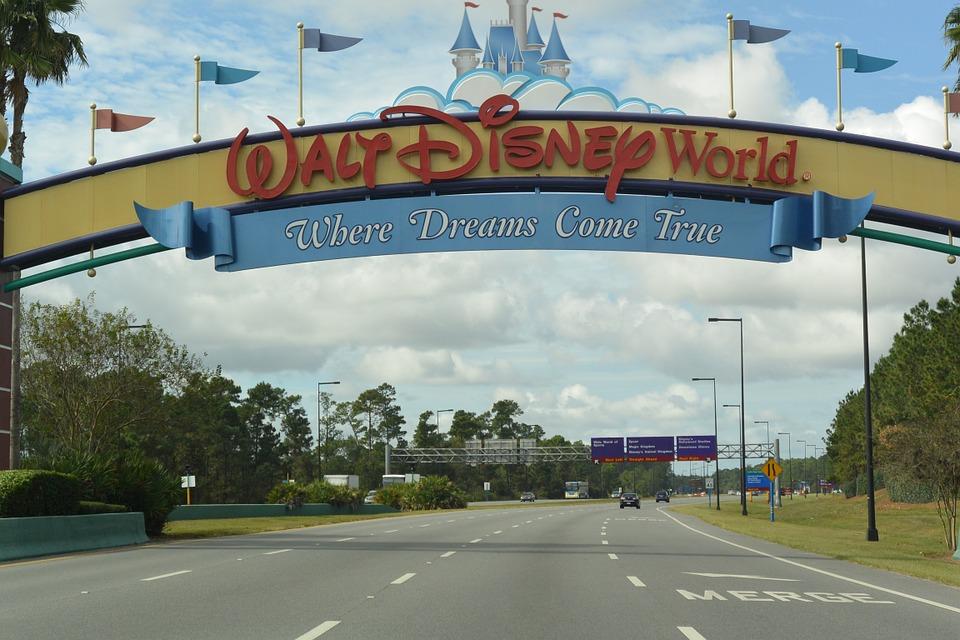 Características de los parques Disney en el mundo